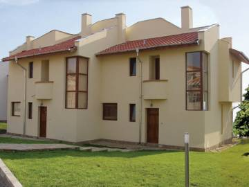 Продажа домов в Болгарии, курорт Кошарица, Almond Hill Villas.
